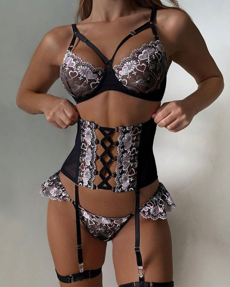 Sexy Splicing Heart Embroidery Cut-out Sling Bra Sets With Garter