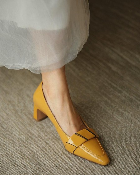 Solid Pointed-toe High Heel Patent Leather Sandals