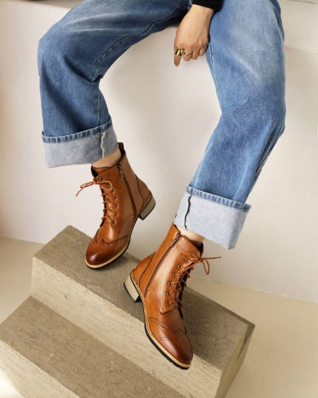 Chic Womens Round Toe Lace-up Low Heel Martin Boots