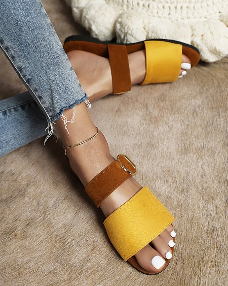 Colorblock One Banded Round-toe Sandals
