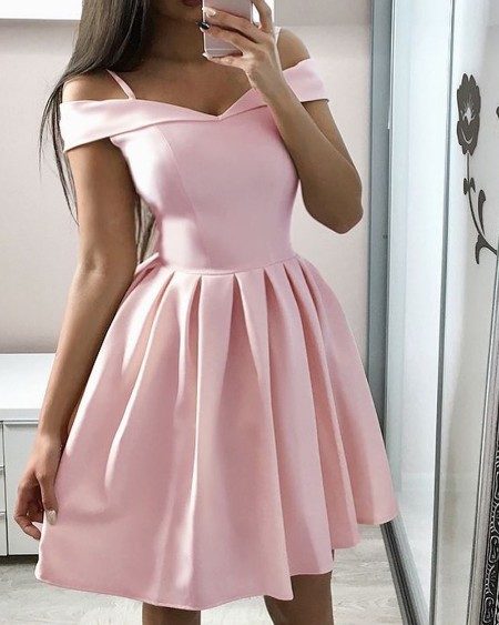 Cold Shoulder Pleated Casual Dress