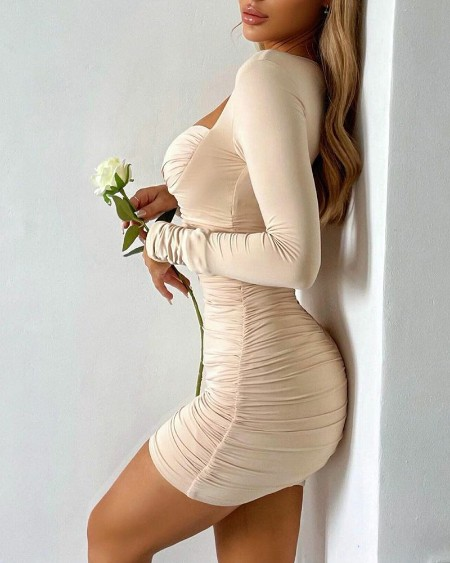 Solid Sweetheart Neck Ruched Mini Dress