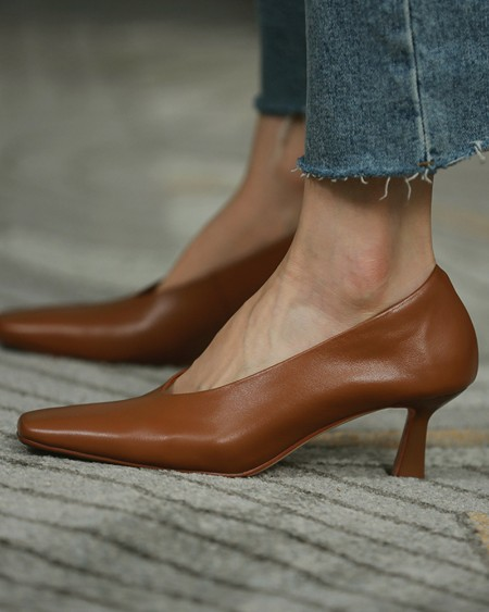 Solid Pointed-toe Low Cut Sandals