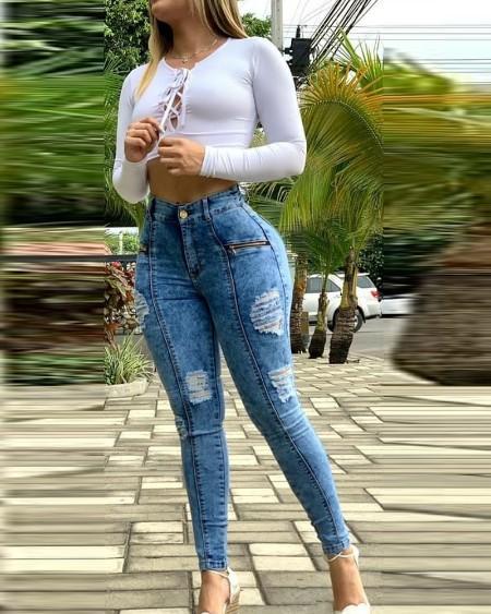 Zipper Fly Pocket Ripped Skinny Jeans