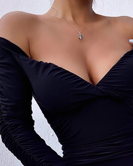 Off Shoulder Twisted Ruched Bodycon Dress