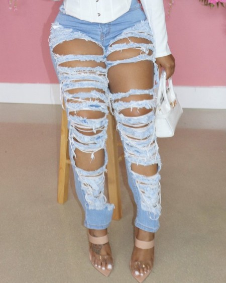Ripped Cutout Front Pocket Design Jean