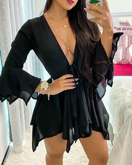 Ruched Tied Detail Bell Sleeve Top & Shorts Set