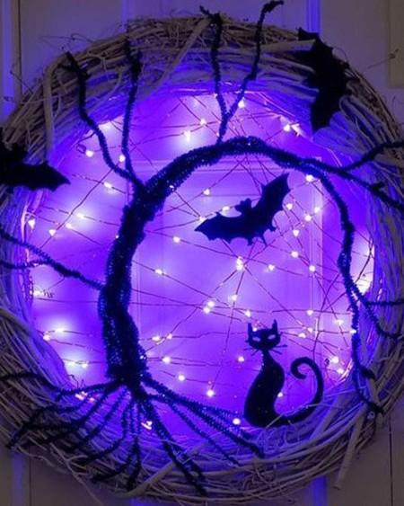 Lighted Halloween Door Wreath Halloween Decorations Bat Cat Wreath With LED Purple Lights Halloween Party Decoration