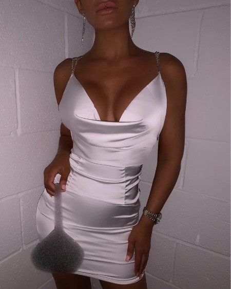 Chain Strap Backless Ruched Bodycon Dress
