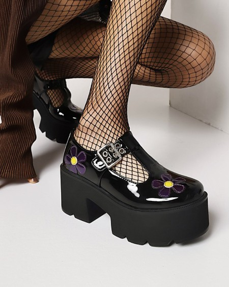 Chic Womens T-strap Floral Embroidery Round Toe Platform Shoes
