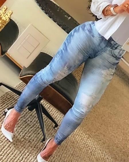 Ombre Zipper Fly Slant Pocket Ripped Skinny Jeans
