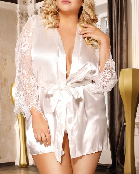 Plus Size Eyelash Lace Satin Robe