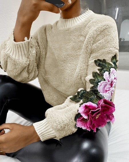 Floral Pattern Embroidery Fluffy Sweater
