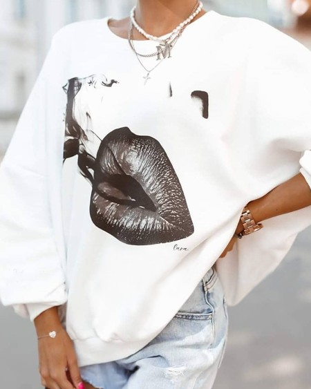 Lip Print Long Sleeve Sweatshirt