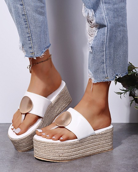 Round-toe Solid Color Toe Post One Strap Platform Slippers