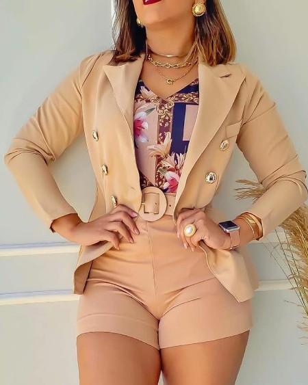 Conjuntos de duas peças para decoração casual com botões e blazer conjunto e shorts de cintura alta