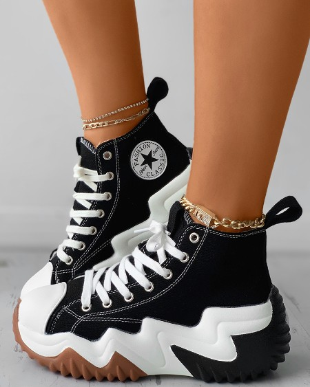 Letter Star Print Eyelet Lace-up Canvas Sneaker