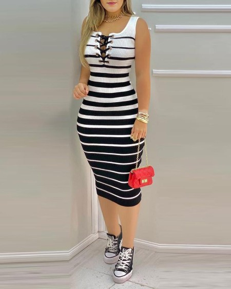 Striped Print Colorblock Eyelet Lace Up Bodycon Dress