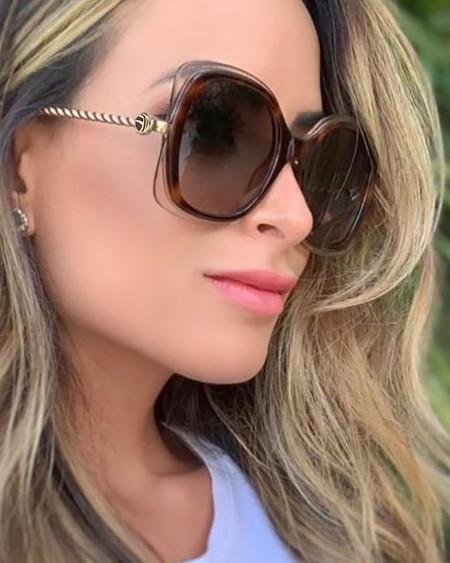 1Pair Square Frame Tinted Lens Sunglasses