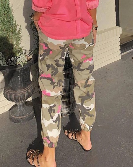 Camouflage Print Tied Detail Casual Pants