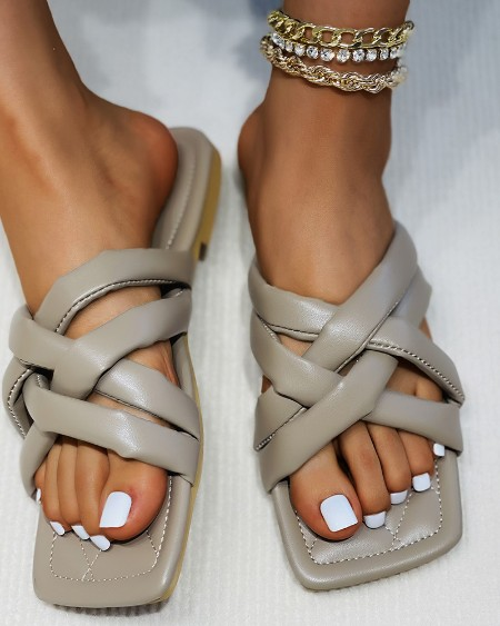 Quilted Square Toe Bandage Flat Sandals