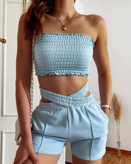 Solid Frill Trim Shirred Tube Top & Cut-Out Shorts Set