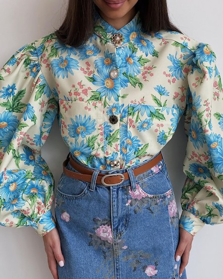 Floral Print Buttoned Lantern Sleeve Top