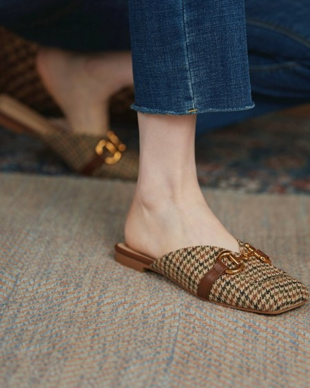 Houndstooth Square-toe Flat Mule Slip-on Sandals