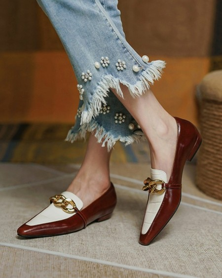Square-toe Color Block Splicing Chain Flat Loafers
