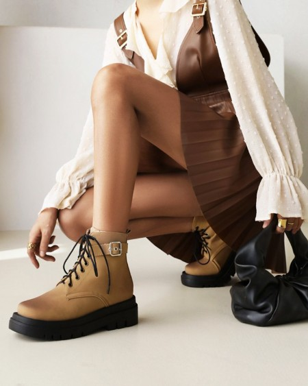 Womens Vintage Lace-up Round Toe Platform Martin Boots