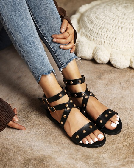 Rome Style Round-toe Splicing Studded Strappy Flat Sandals