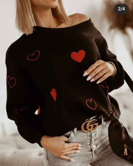 Embroidery Heart Long Sleeve Sweatshirt