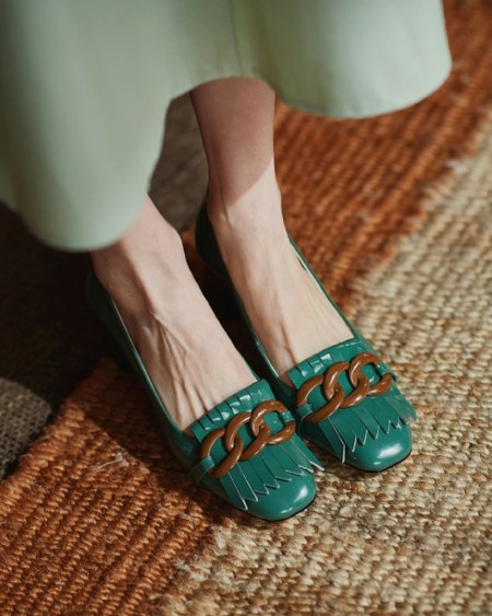Square-toe Lacquered Leather Splicing Tassel Buckle High Heels