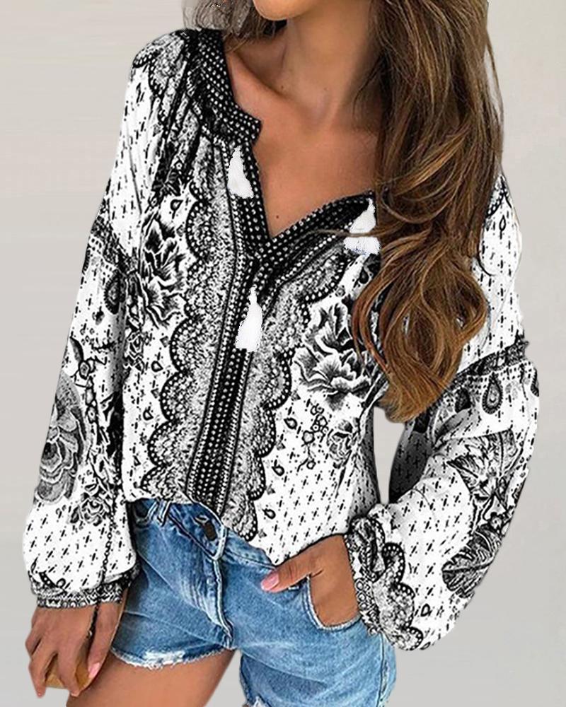 Ethnic Print V-neck Long Sleeve Blouse