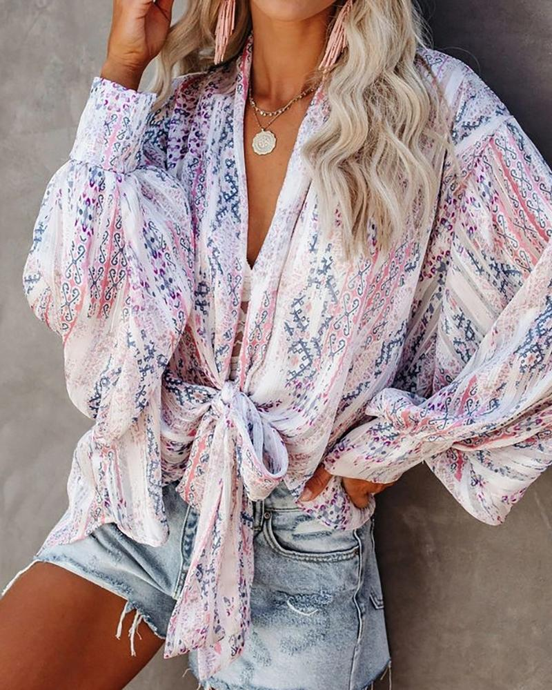 Graphic Print Knotted Front Lantern Sleeve Top