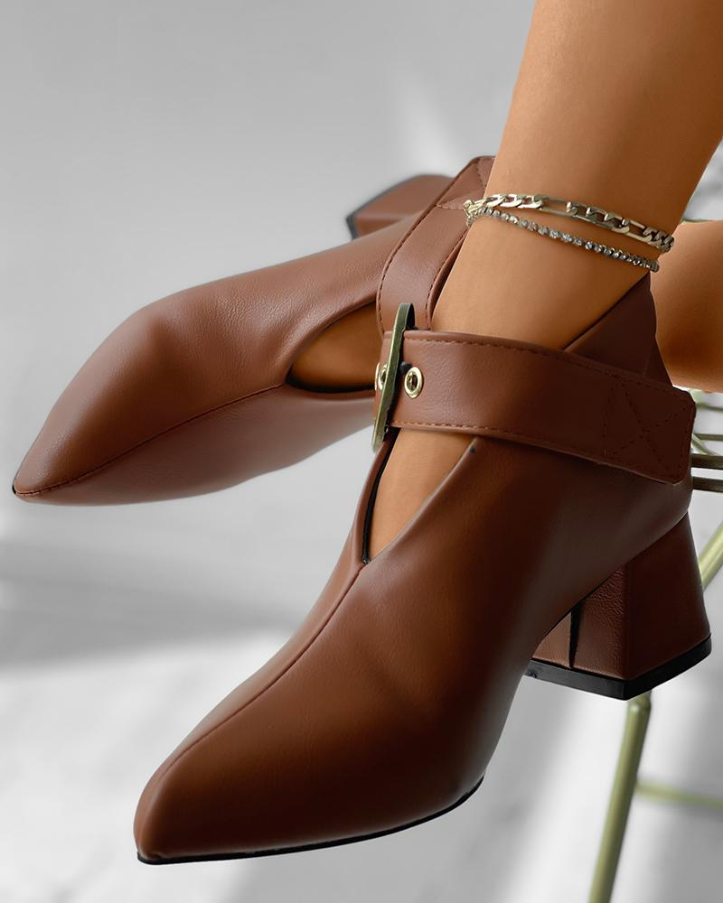 Pointed Toe Eyelet Buckled Chunky Boots