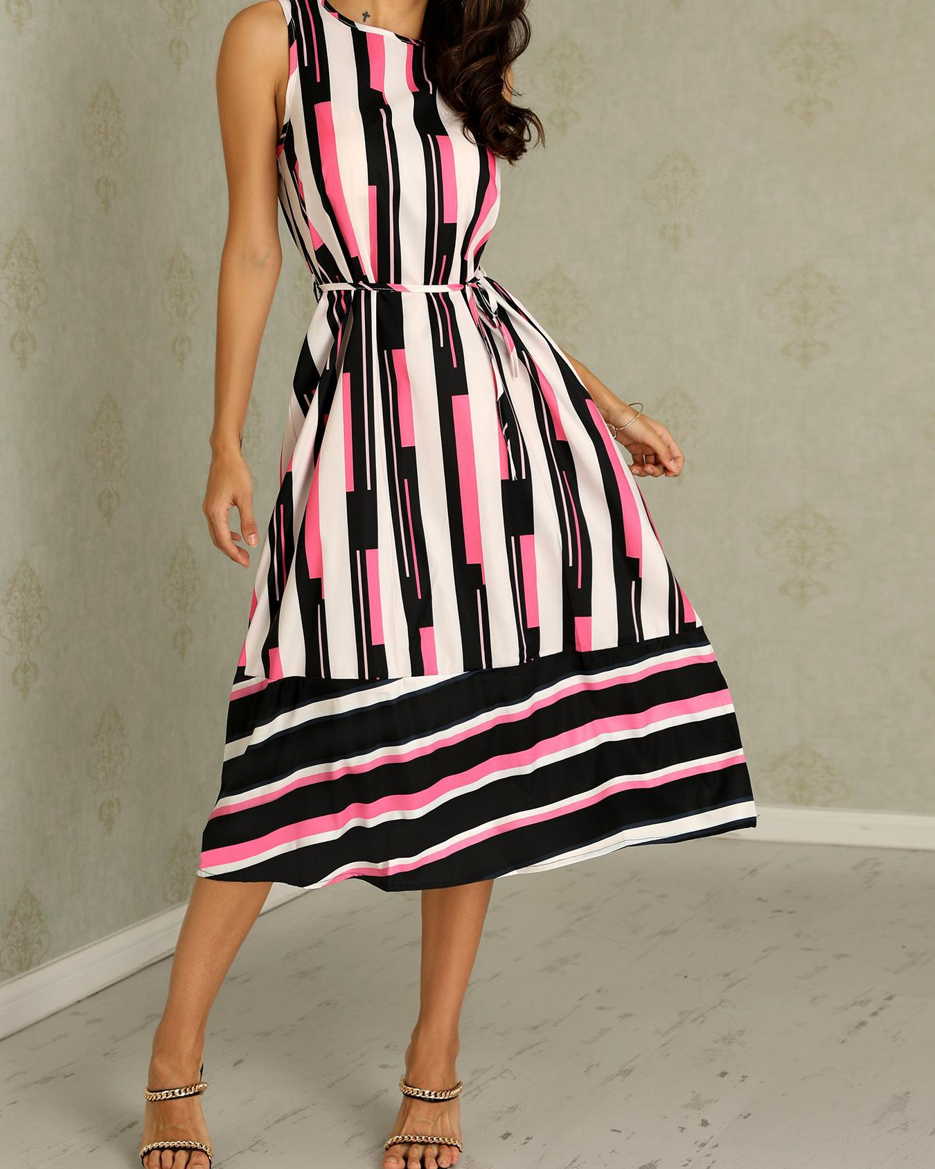 ChicMe coupon: Stripes Splicing Tied Waist Maxi Dress