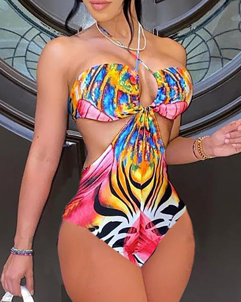 Ivrose coupon: Halter Colorblock Cutout One Piece Swimsuit