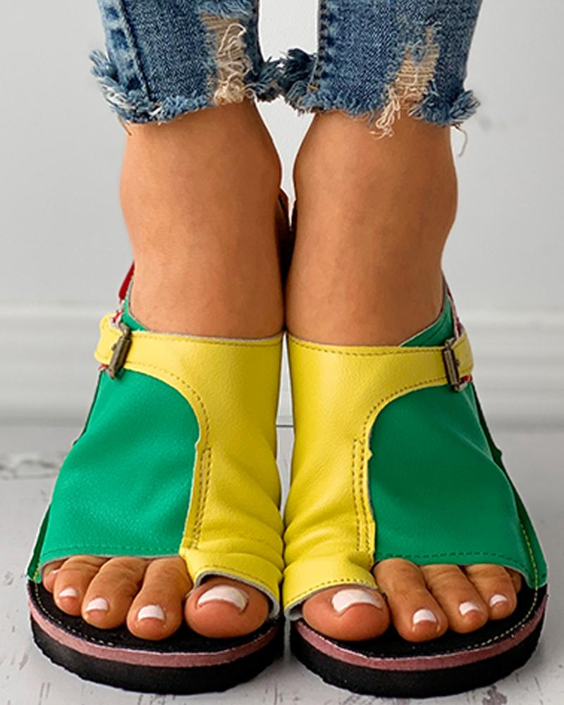 Colorblock Buckled Toe Ring Flat Sandals
