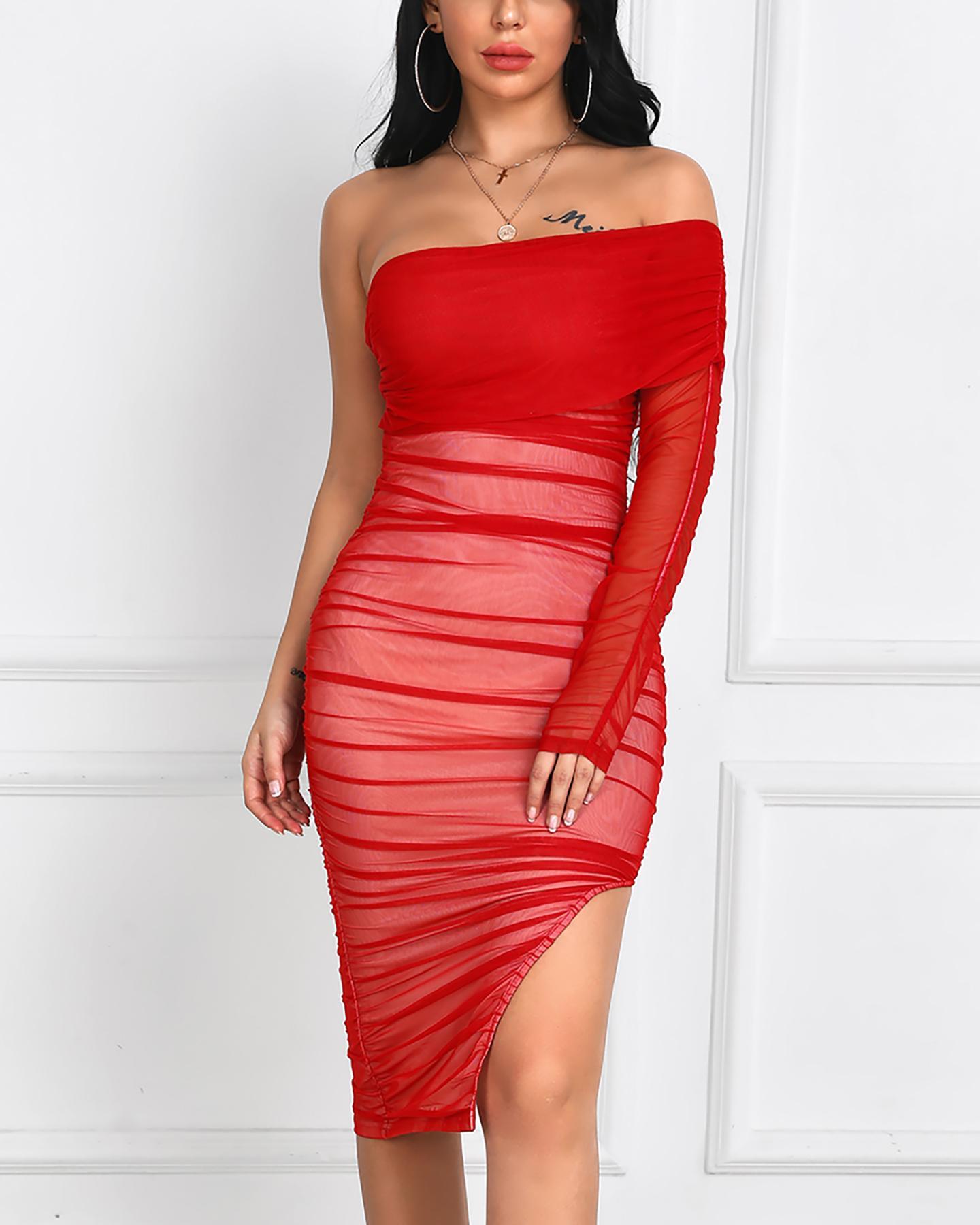Off Shoulder Pleated Tube Dress