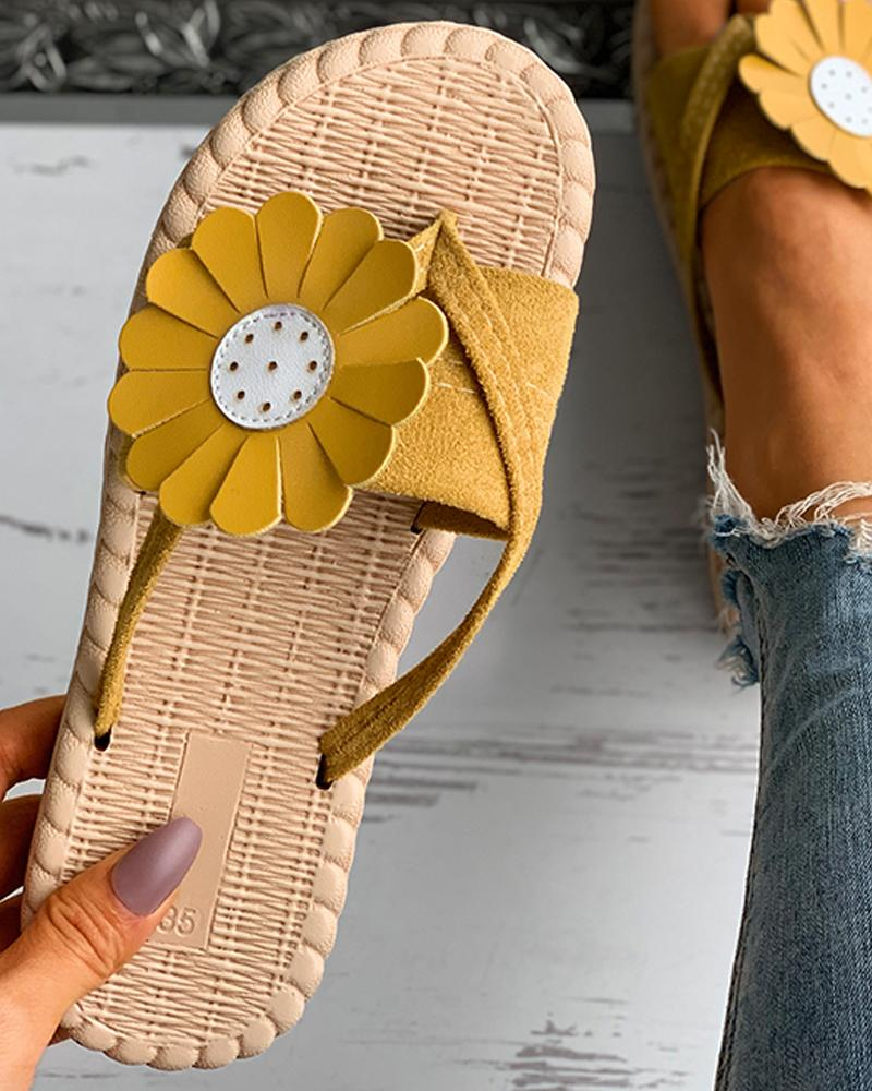 Daisy Pattern Suede Woven Flax Flat Sandals