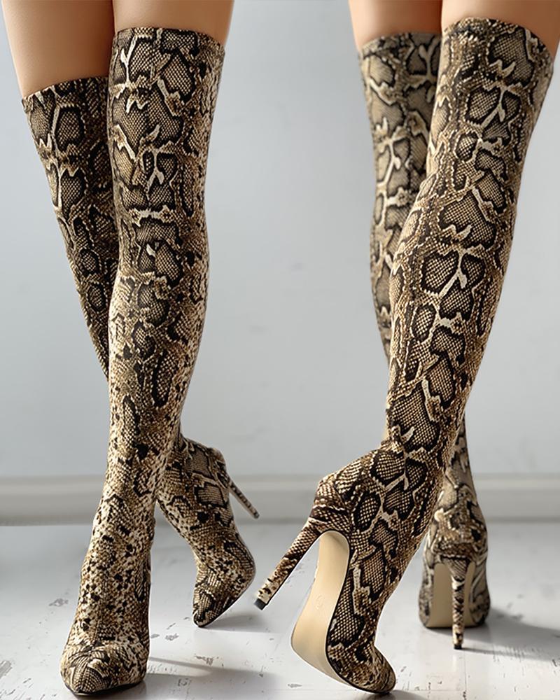 Botas altas de muslo de tacón fino con estampado de piel de serpiente