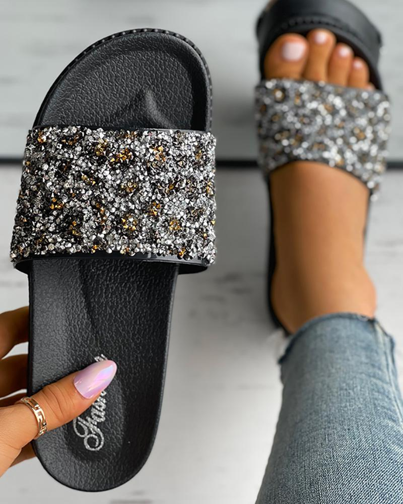Cheetah Pattern Studded Casual Slippers