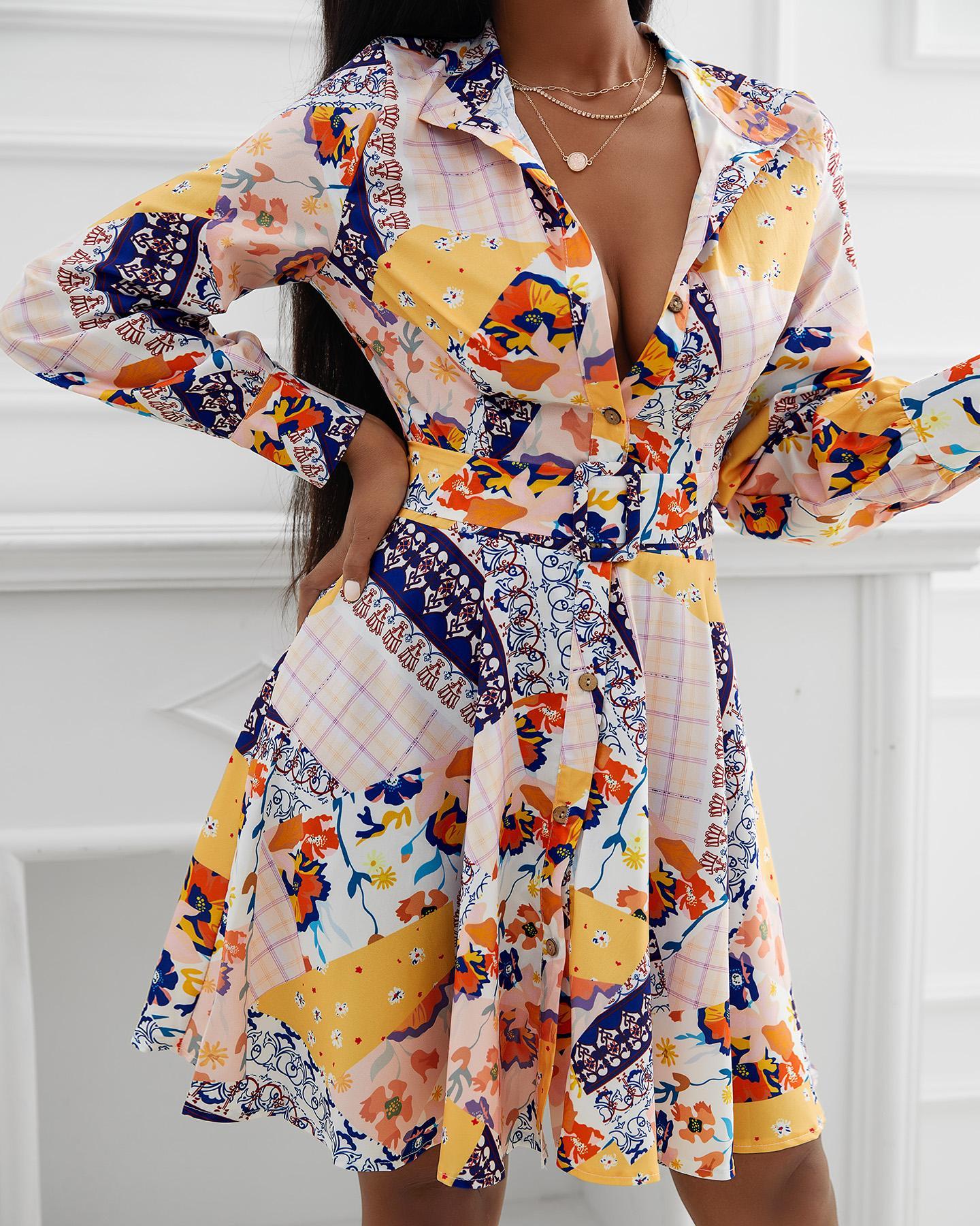 Ensemble haut à manches longues et jupe plissée à imprimé floral