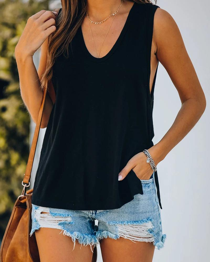 Solid U-neck Slit Sleeveless Casual Top