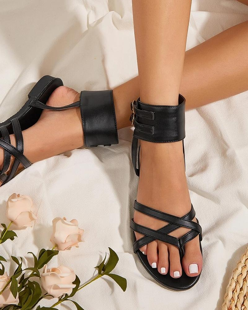 Solid Color Round Toe Ankle Tangled Flat Sandals