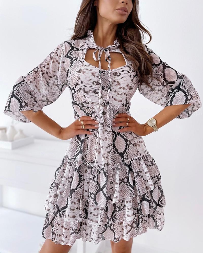 Snakeskin Print Cut-out Ruffle Hem Skinny Waist Long Sleeve Mini Dress, Gray