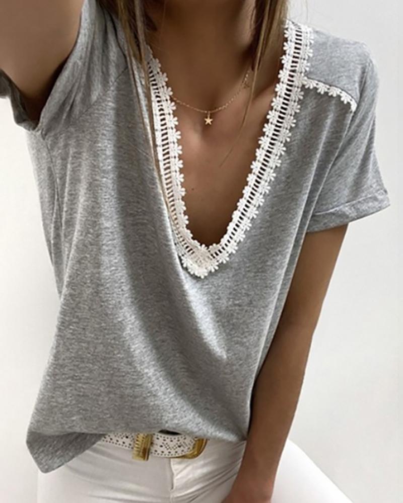 V-neck Crochet Lace Casual T-shirt