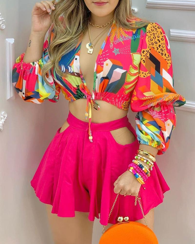 Colorblock Lantern Sleeve Crop Top & Cutout Plain Shorts Set, Hot pink