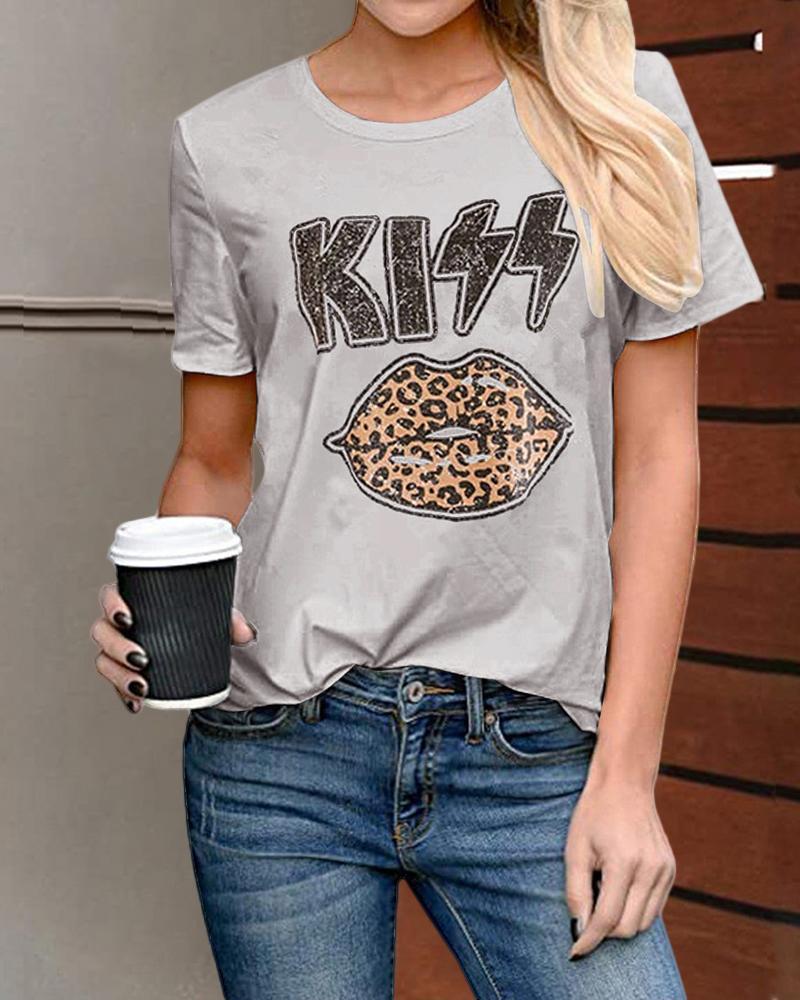 Cheetah / Lip / Letter Print Casual  T-shirt